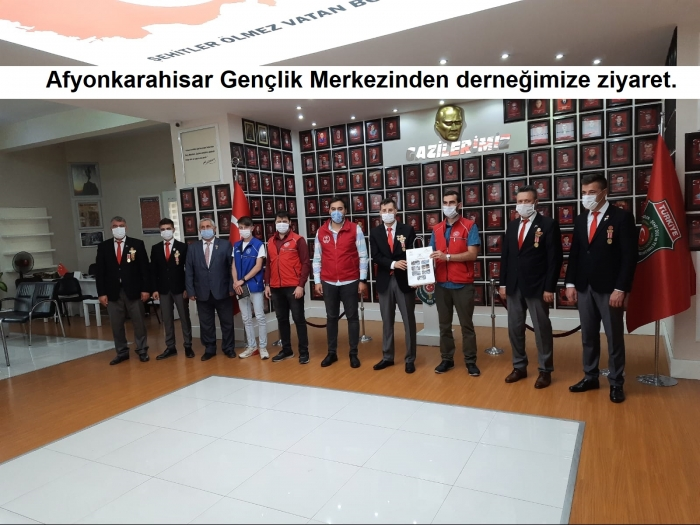 19 Eylül Gaziler günü nedeniyle Afyonkarahisar Gençlik Merkezi personellerinden derneğimize ziyaret.